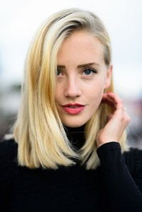 Blunt-Long-Bob-Medium-Hairstyles-for-Fine-Hair