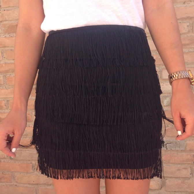 DIY, FRINGE SEASON: PIMP MY SKIRT!!